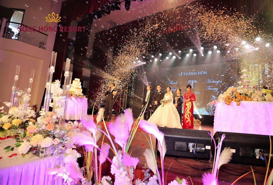 Tiệc cưới ấm áp của đôi uyên ương Thanh Tùng - Hoàng Trang